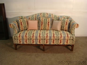 Delong S Furniture Pre Owned Living Room Furniture