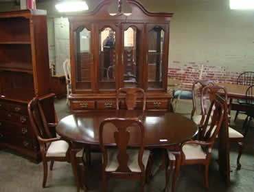 delong's furniture - pre-owned dining room furniture
